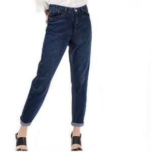 TOPSHOP Moto Mom Dark Wash Jeans! Size 28.